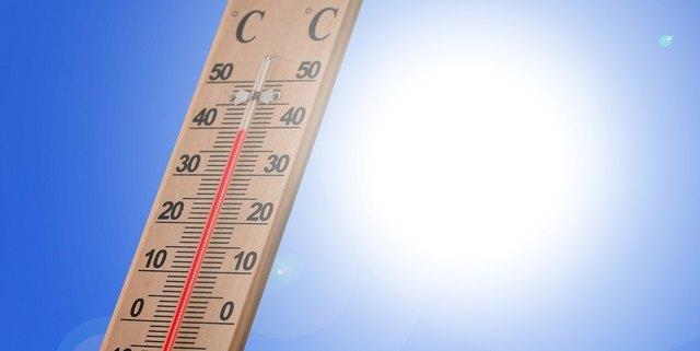 Die Hitze in Tirol bleibt bis auf Unterbrechungen bis in die kommende Woche. Credit: pixabay