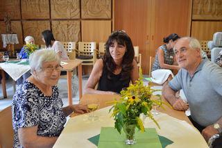 Margarete Dallinger mit ihrem Sohn Johann Dallinger und dessen Partnerin Vera