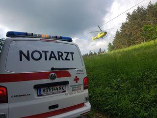 Notarzt und Rettungshubschrauber waren am Mittwoch zwischen Lobming und Stallhofen im Einsatz.