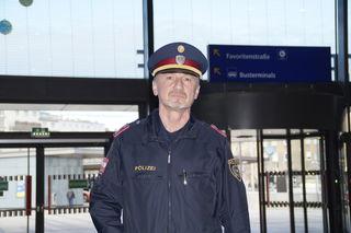 Grätzelpolizist Franz Rieschl.