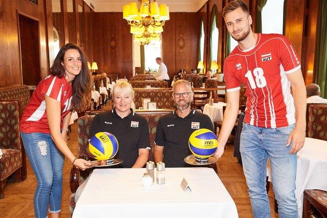 Srna Markovic (Kapitänin Team AUT weiblich), Svetlana Ilic (Head Coach Team AUT weiblich), Michael Warm (Head Coach Team männlich), Paul Buchegger (Europacupsieger 2018 und Spieler Team AUT) - v.l.