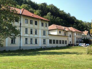 Das ehemalige Erholungsheim des Kriegsopferverbandes, das Schulzheim im Helenental, hat einen neuen Eigentümer. Die bestehende Asylunterkunft wird geschlossen.