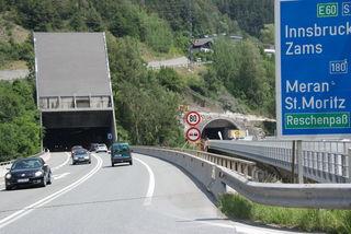 Die Abfahrt von der S 16 Arlberg Schnellstraße in Richtung Innsbruck bei Landeck-West ist ab 20. August für eine Woche nicht möglich.