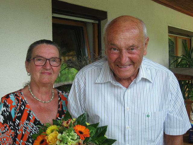 Maria und Ernst Petrini gehen seit 50 Jahren gemeinsam durchs Leben.