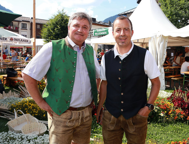 Bgm. Franz Eder mit Thomas Weissbacher (GF TVB Maishofen).