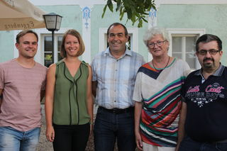 Das Ehrenamt vor den Vorhang: Kirchberg-Thenings Bürgermeister Dietmar Kapsamer (Bildmitte) bedankte sich.