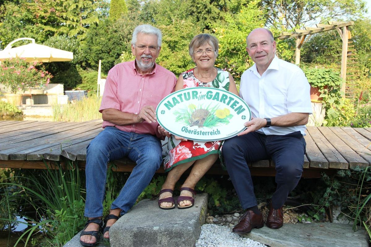 Familie Panholzl Erhalt Erste Natur Im Garten Plakette