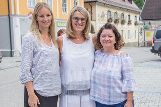 v.l.n.r.: Bürgermeisterin Manuela Zebenholzer, Landesrätin Ulrike Königsberger-Ludwig und Bürgermeisterin Birgit Krifter