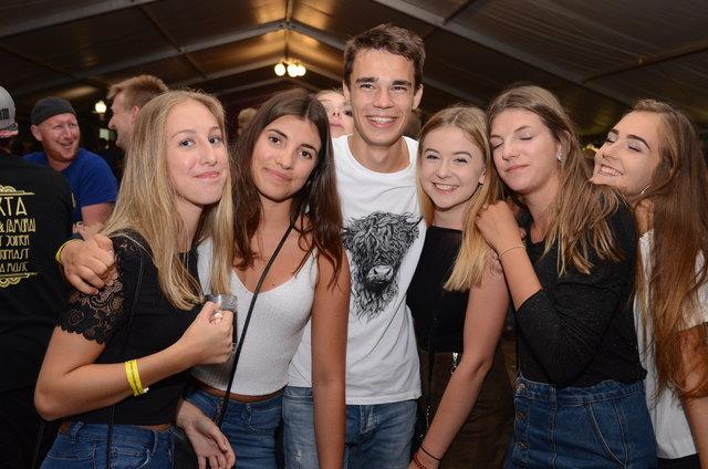 Esternberg partnersuche kostenlos - Sextreffen in Mainburg