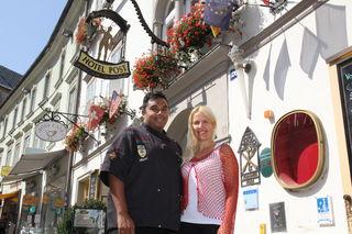 Der Küchenchef vom Hotel Post Günther Steiner mit Hoteldirektorin Birgit Gschwenter. Beide verlassen das Haus mit Ende August.