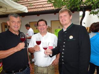 Bürgermeister Josef Pfeiffer, Uhudlerobmann Matthias Mirth und LAbg. Bernhard Hirczy.