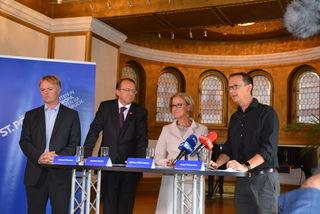 Ziehen an einem Strang: Michael Duscher, Matthias Stadler, Johanna Mikl-Leitner und Rudolf Scheuvens