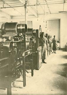 """Telfer Fabrikarbeiterinnen: Die """"Nicht-Selbstversorger"""" litten weit mehr als die bäuerliche Bevölkerung unter der Lebensmittelnot des letzten Kriegsjahres."""