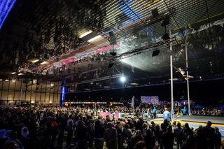 So nah wie beim TGW Lentos Jump im Donaufenster erleben Fans die Weltelite der Stabhochspringer selten.