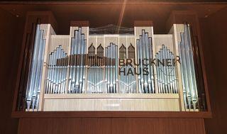Das Brucknerhaus hat eine neue Orgel.