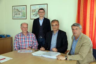Geschäftsführer ist Harald Roschitz (2. von rechts).