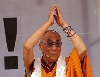 """Der """"Dalai Lama"""" hat immer ein friedvolles Lächeln auf dem Gesicht  ✨ © by Gerhard Singer"""