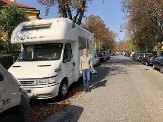 Irene Ganser Ulreich hat eine Petition gestartet. Denn Parkplätze sind in manchen Teilen Hietzings Mangelware.