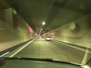 Im Tauerntunnel kam es zu einem Auffahrunfall (SYMBOLBILD)