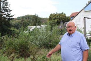 Bezirksrat Paleta fragt sich, wer ein Interesse daran hat, den Bauwerbern bei ihren Plänen zu helfen.