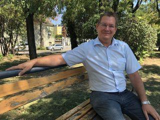 """""""Jedes Jahr ein neuer Park"""" ist nur eines der Anliegen von Bezirkschef Georg Papai."""