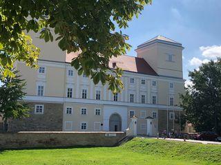 Das Wolkersdorfer Schloss hält für den Seniorenbund günstige Räume bereit.