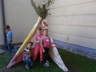 Unter anderem haben die Kinder Tipis gebaut.