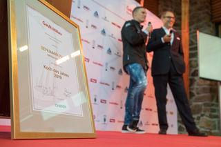 """""""Koch des Jahres"""" ist eine der höchsten Auszeichnungen in der österreichischen Gastronomieszene. Im Talk auf duf der Bühne: Laudator Christian Seiler (re.) und Preisträger Benjamin Parth."""
