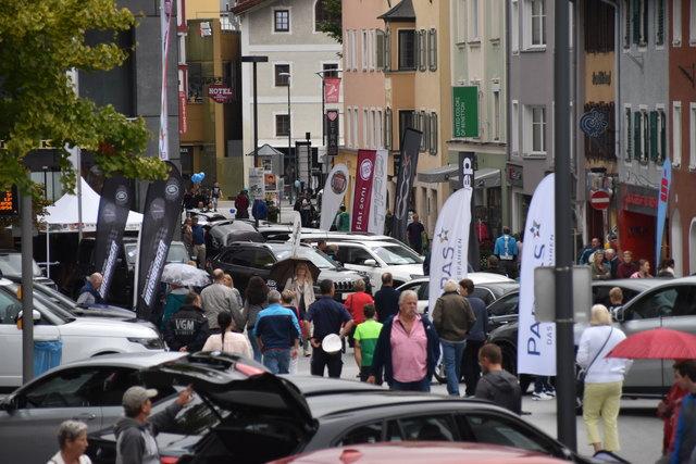 Die Kufsteiner Innenstadt verwandelte sich am 15. September zu einer riesigen Ausstellungsarena für rund 200 Fahrzeuge.