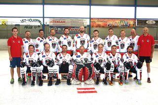 Das Team Austria: Die Ballhockey-Nationalmannschaft nimmt vom an der IBSHF Masters Ballhockey-Weltmeisterschaft (Ü40) auf den Bermudas teil.