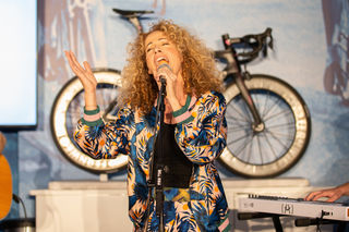 Sandra Pires wird bei der Eröffnung der Rad WM singen.
