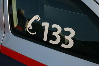 Die Polizei ermittelt in zwei Einbruchsfällen.
