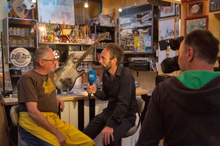 Toni im Interview mit Bezirksblätter-Redakteur Peter J. Wieland. Die Videoreportage der Bezirksblätter Salzburg entstand in Kooperation mit dem Tamsweger Filme-Macher Tom Mayer.