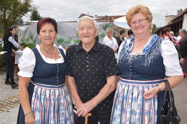Margarethe, Josef, Elisabeth (v. li)