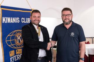 Klaus Pöllmann (li.) übernimmt das Präsidentenamt von Andreas Mathä (re.).