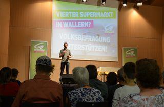 Bei einem Infoabend diskutierte die Grünen-Ortsgruppe Wallern über den neuen Supermarkt.