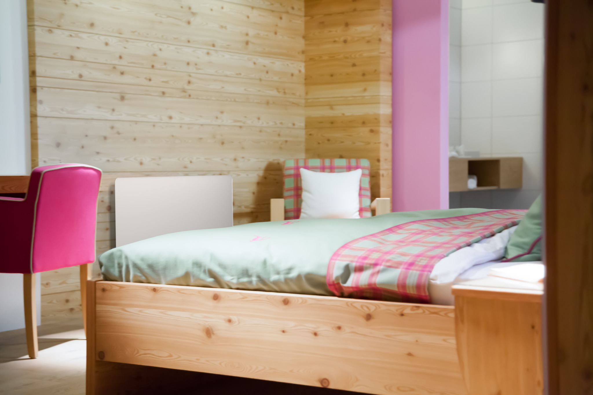 aus diesen 7 gr nden sollten sie mit infrarot heizen klagenfurt. Black Bedroom Furniture Sets. Home Design Ideas