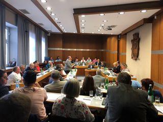 Heftige Debatten gab es um Bruno Weber in der Sitzung des Amstettner Gemeinderates.