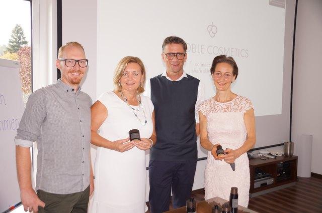 Gründerin und Geschäftsführerin Luise Köfer (2.v.l.) mit Sohn Peter (l.) und den Mitarbeitern Ralph Wurzbach und Maria Schaller.