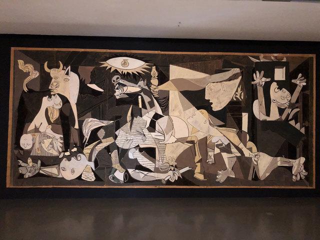 Pablo Picasso und Jacqueline de la Baume Dürrbach, Karton Guernica, Gouache auf Papier, 1955, 710 x 350 cm © Dürrbach Estate