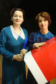 Von links: Anita Zieher (als Käthe Leichter) und Brigitta Waschnig (als Maria Jahoda).