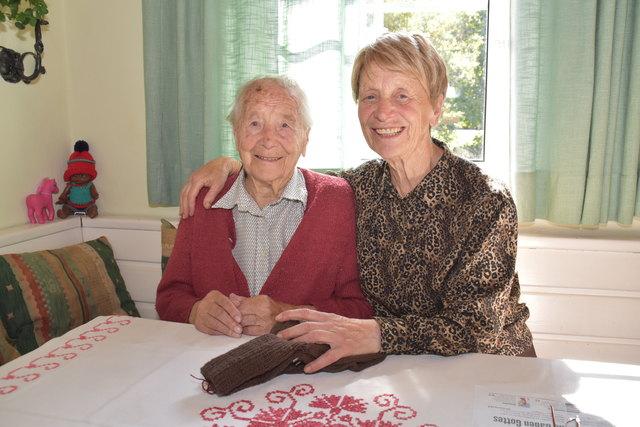 Die 103-jährige Maria Pleschberger mit ihrer Tochter - ebenfalls - Maria in Rennweg
