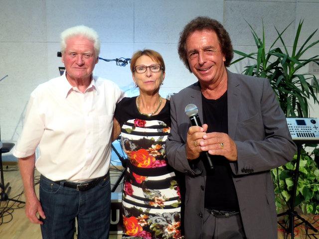Der Jubilar Erich Rath mit seiner Erika und Walter Reischl (White Stars)