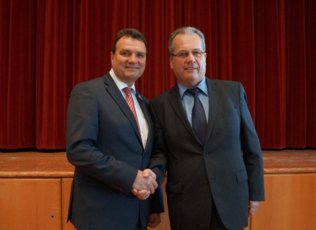 (Noch)-Bürgermeister Karl Schlögl mit (Noch)-Vizebürgermeister Christian Matza.