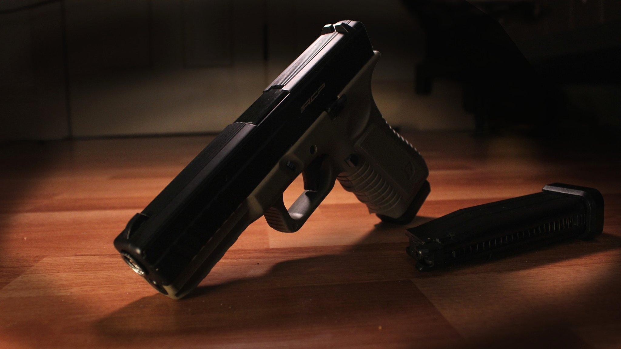 einbruchsdiebstahl unbekannte stiegen in haus ein und stahlen auch pistole klagenfurt land. Black Bedroom Furniture Sets. Home Design Ideas
