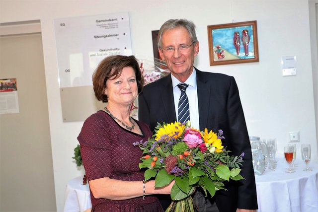Flirt in hausmannsttten Single night aus maishofen