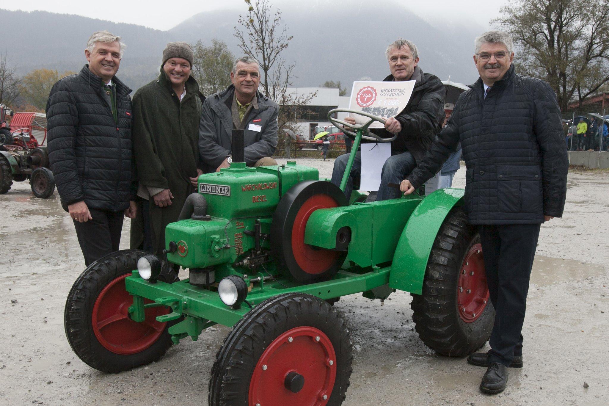 Traktor-Treffen in Kundl: Lindner trotzte zum Siebziger dem