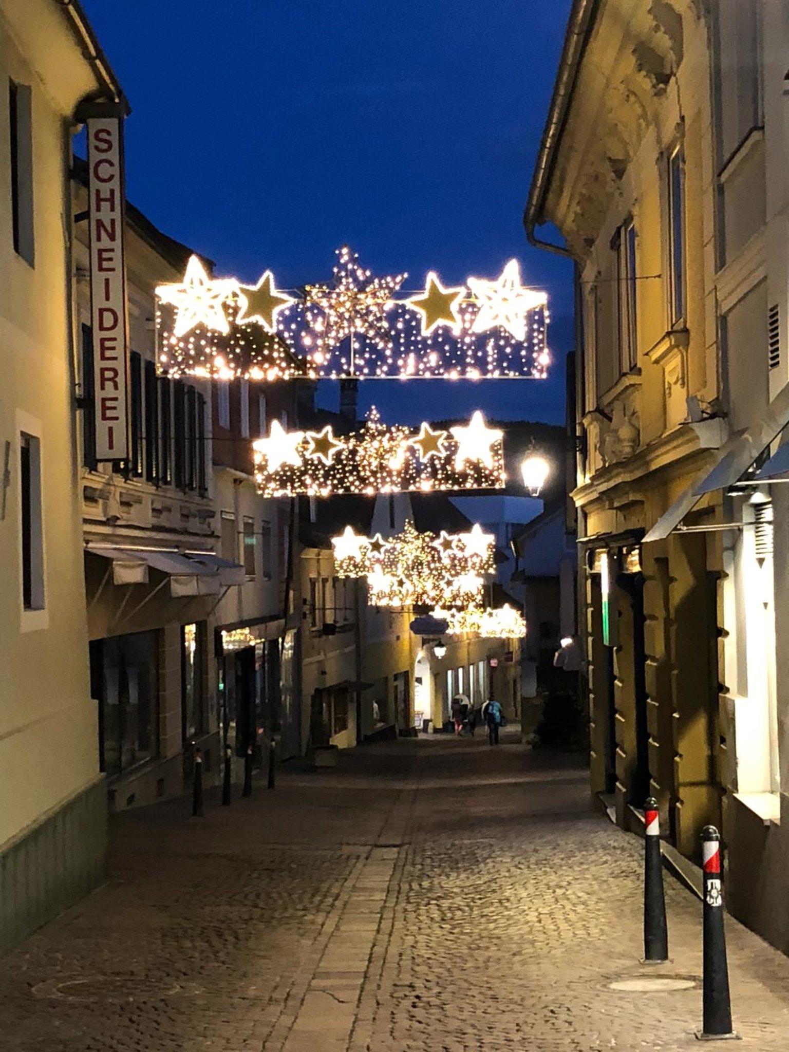 Weihnachtsbeleuchtung Xxl.Mit Der Einkaufsnacht Geht S Los Feldkirchen