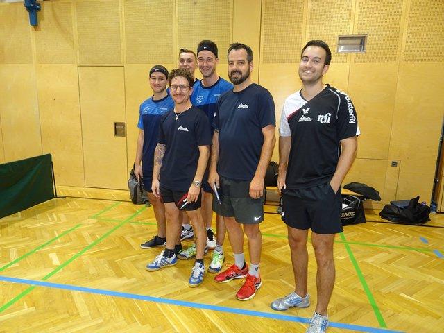 v.r. Julian Meyer,Jo Fiechtl und Christian Mair (Spieler des TSV AustriAlpin Fulpmes in der Landesliga B  )