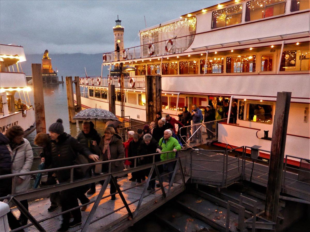 Lindau Weihnachtsmarkt.über Den Bodensee Nach Lindau St Antoner Senioren Machten Eine